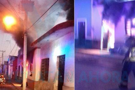 Por un descuido, se incendia un taller y dos cuartos en el Centro de Mérida