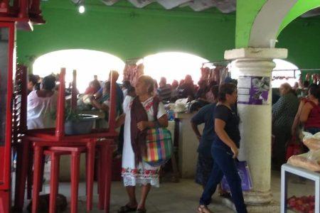 El centro de Maxcanú, con más gente que durante un domingo sin Covid-19