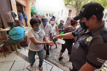 Además del cierre a las 3 de la tarde, acceso restringido en mercados de Mérida