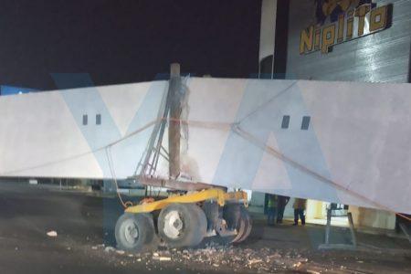 Accidente complica la mañana a miles de personas en el noroeste de Mérida
