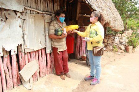 Empresarios yucatecos dan la mano a gente necesitada en esta contingencia