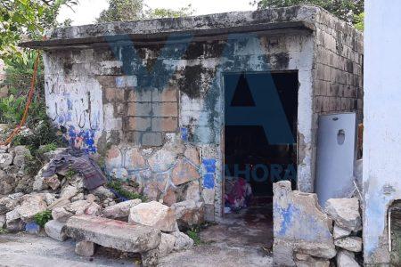 Hacen destrozos e incendian la casa de una mujer con discapacidad: tres detenidos