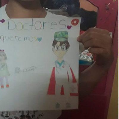 Reconocimiento infantil al personal de salud en hospital yucateco