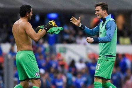 Regresa el futbol en Alemania y México se quedaría sin campeón