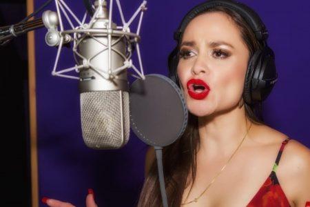 Edith Encalada, lista para lanzar su nuevo disco, con canciones de bolero