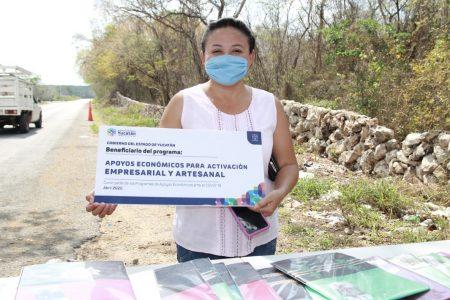 Apoyos MicroYuc dan certidumbre a familias de los artesanos yucatecos