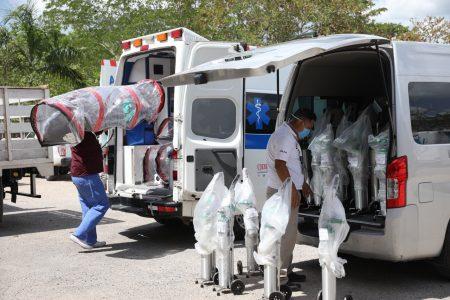 Equipan más ambulancias para un traslado seguro de pacientes de Covid-19