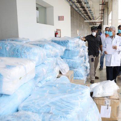 Llegan más equipos para proteger a personal de salud en hospitales de Yucatán