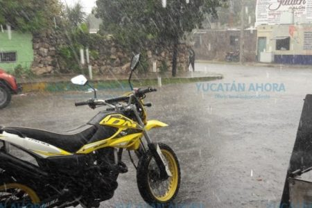 Una vaguada y la primera onda tropical propiciarán lluvias en Yucatán