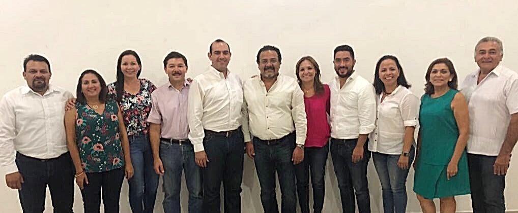 Diputados priistas niegan episodio de violencia en el Congreso de Yucatán
