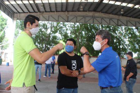 Equipos de fútbol reciben despensas del programa Yucatán Solidario
