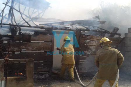 Detienen a incendiario: de maldad quemó la casa de su vecino