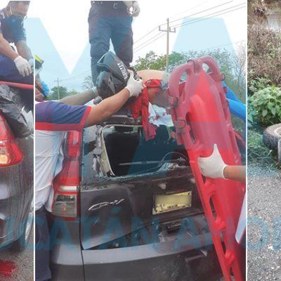 Motociclista grave al chocar contra una camioneta estacionada