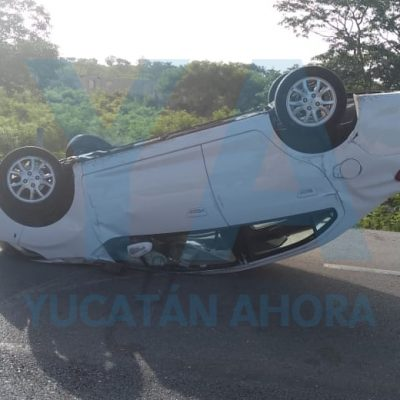 Otro que se accidenta y deja abandonado su auto