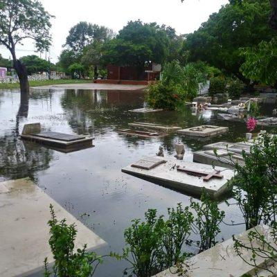 Se inunda el Panteón Florido