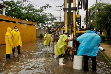 El Ayuntamiento construye de emergencia 100 pozos pluviales profundos