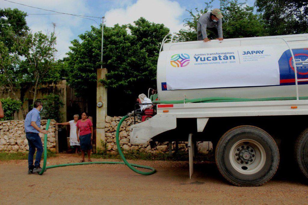Japay lleva pipas de agua potable a Xul y Dzidzantún