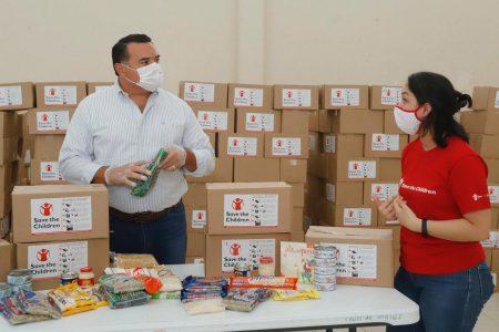 Save the Children entrega paquetes alimentarios en zonas vulnerables de Mérida