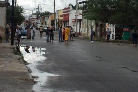 Cierran calles del centro de Mérida: los vecinos llevan seis días sin luz