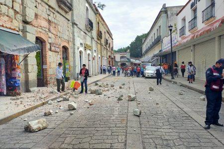 Daños leves en edificios, advertencia de tsunami y un posible muerto en Oaxaca