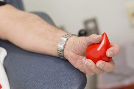 Solicitan donadores de sangre y plaquetas para pequeño paciente
