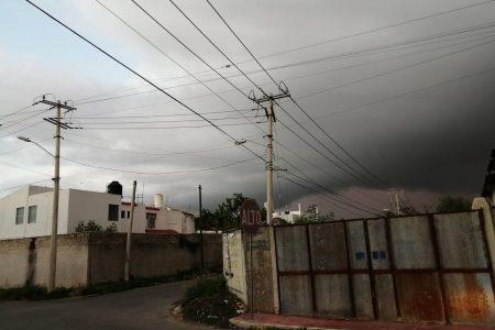 Toma precauciones: para hoy se pronostican nublados y tormentas fuertes