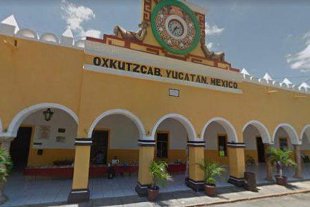 Oxkutzcab desafía el semáforo rojo y reanuda actividades no esenciales