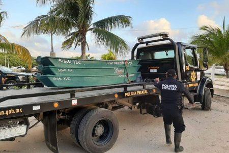 Lancheros de Sisal envían chalanas para apoyar a inundadas poblaciones en Yaxcabá
