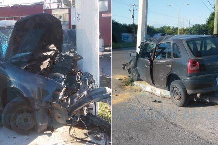 Chocó ebrio joven: le dolieron más los daños del auto que sus heridas