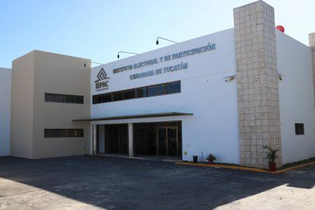 Abren concurso público para plazas del Servicio Profesional Electoral Nacional