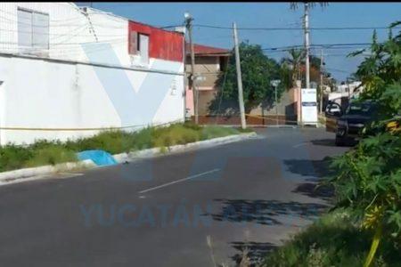 Encuentran muerto a un joven en la vía pública, cerca de plaza Las Américas