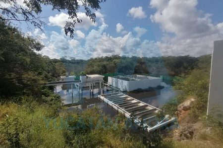 Rebosa planta de aguas negras en Kanasín: graves afectaciones a dos colonias