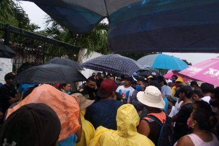 Artesanos de Chichén Itzá continúan gestionando un apoyo por Covid-19