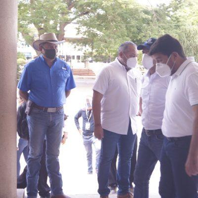 Mauricio Vila refuerza su compromiso con los productores tizimileños