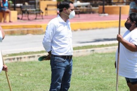 Solo trabajando unidos podremos sacar adelante a Yucatán: Mauricio Vila