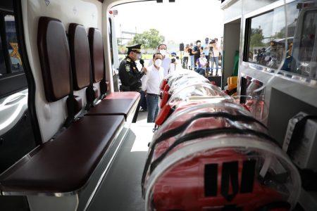 Doce ambulancias equipadas suman al 'arsenal' contra el Covid-19 en Yucatán