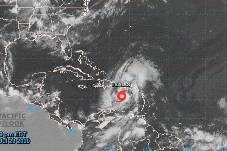 Se forma al sur de Puerto Rico la tormenta tropical Isaías