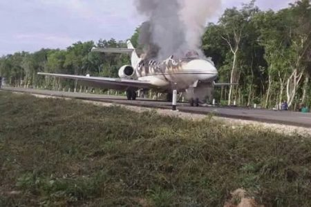 Jet que aterrizó en el sur de Quintana Roo transportaba 390 kilos de cocaína