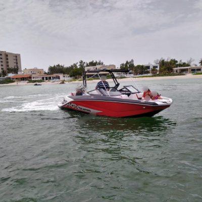 Otra embarcación de recreo detenida en la costa yucateca por llevar gente 'achocada'