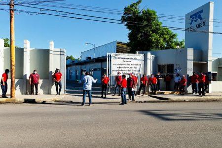 Telefonistas se unen a paro nacional; Telmex les quiere quitar la jubilación