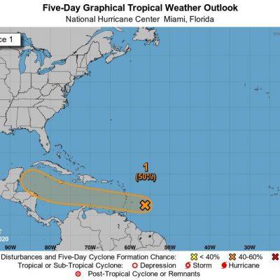 Vigilan activa onda tropical próxima a entrar al Caribe