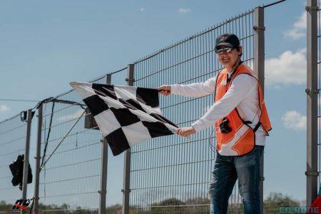 Se 'cae' la clausura del Autódromo: liberan a las personas atrapadas