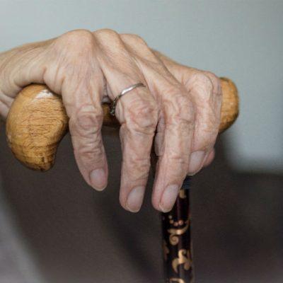 Fallece abuelita de 100 años en centro de atención al adulto mayor: días antes tuvo Covid-19