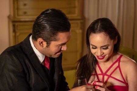 Edith Encalada desborda romanticismo en su video musical Somos Novios
