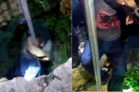Rescatan a cuatro personas de un pozo con ocho metros de profundidad