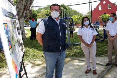 Renán Barrera supervisa mejoras en el parque de Santa Gertrudis Copó