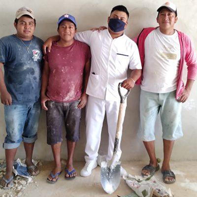 Cuando se quiere, se puede: joven de Oxkutzcab fue 'secre' de albañil para lograr licenciatura