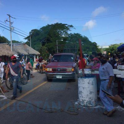 Previo a la reapertura de mañana, artesanos de Chichén Itzá ocupan sus puestos