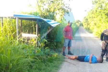 Se accidenta un mototaxista al estallarle una llanta