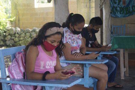 La solidaridad, la otra cara de la pandemia: habilitan espacios con internet para alumnos sin acceso a la red